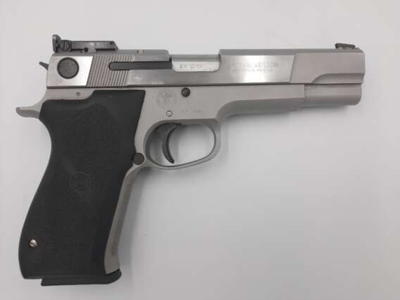 PISTOLET SMITH&WESSON TARGET CHAMPION kal. 45